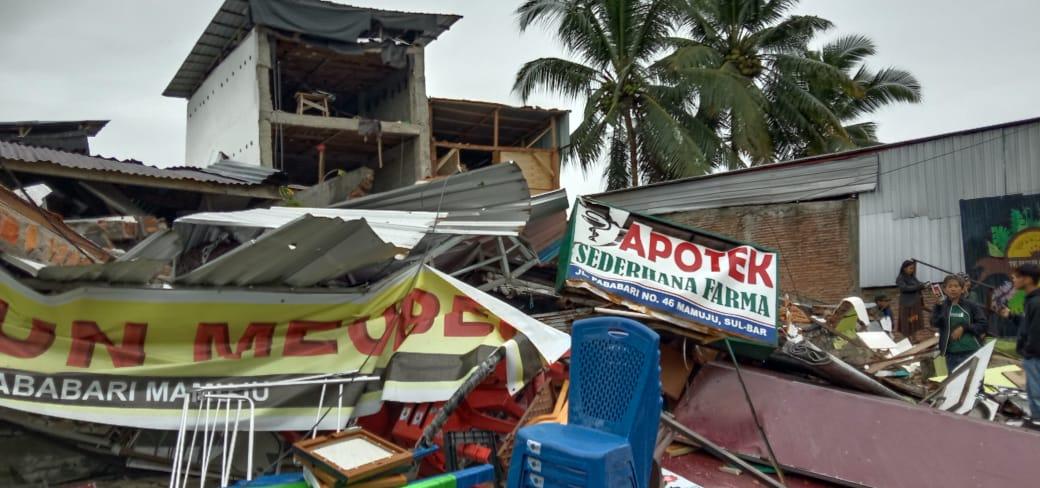 Foto : Bangunan roboh akibat gempa berkekuatan magnitudo 6,2