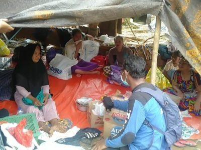 Keadaan para penyitas di tenda pengungsian